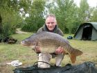 Kev Teesdales 32lb 13oz  using Tiger Nut and sweetcorn from Beaches