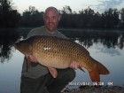 Neil Parkers 33lb 2oz  using tiger nut from Bench