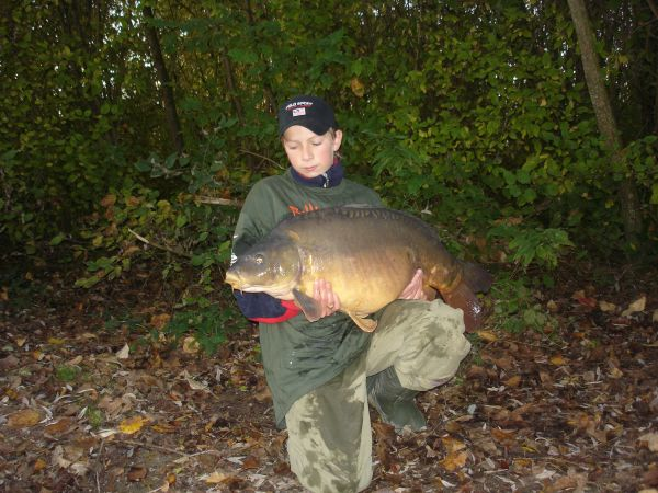 Henk Jans 39lb 2oz  using Trigger ice from n0. 1